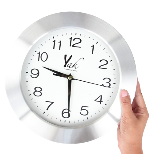 Ritzy Premium Wall Clock Image 3