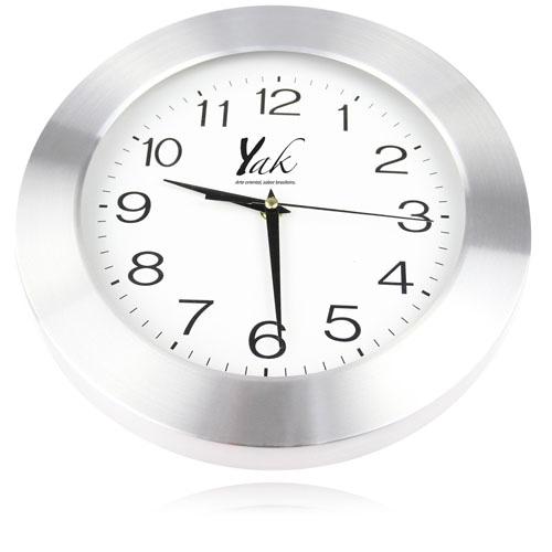 Ritzy Premium Wall Clock Image 4
