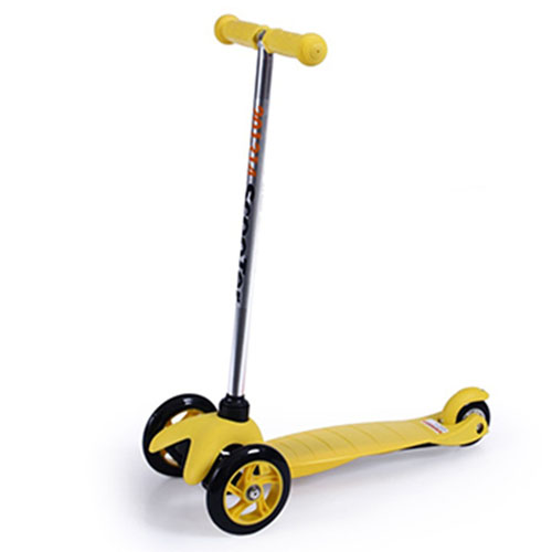 Three Wheel Childrens Scooter Image 1