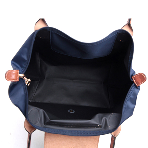 Women Water Proof Beach Handbag Image 2
