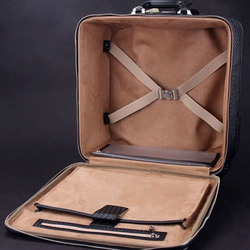Wire Wheels Travel Luggage Bag Image 5