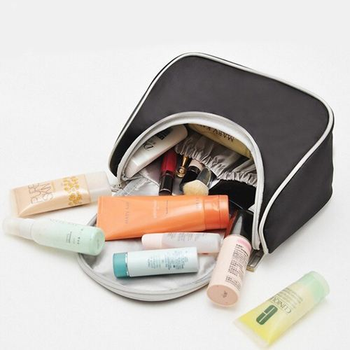 Fashion Designer Womens Cosmetic Toiletry Bag Image 1