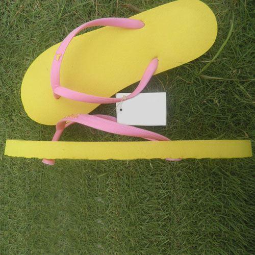 Flat Heel Unisex Flip Flops Image 2