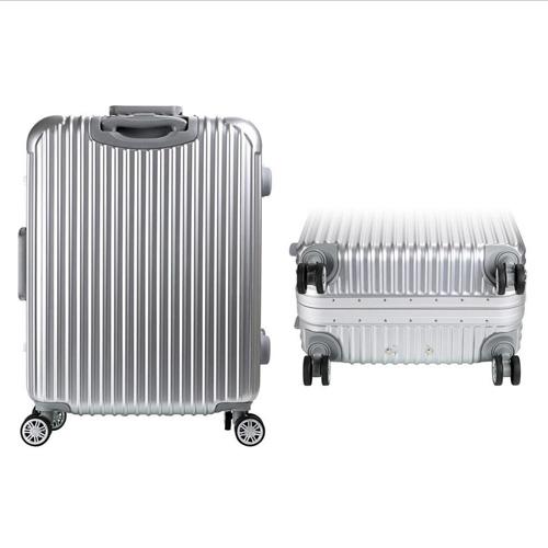 Hardside Rolling Spinner Suitcase  Image 2