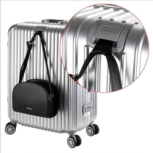 Hardside Rolling Spinner Suitcase  Image 3