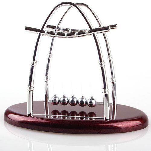 Newtons Cradle Balance Ball Desk Toy Image 1