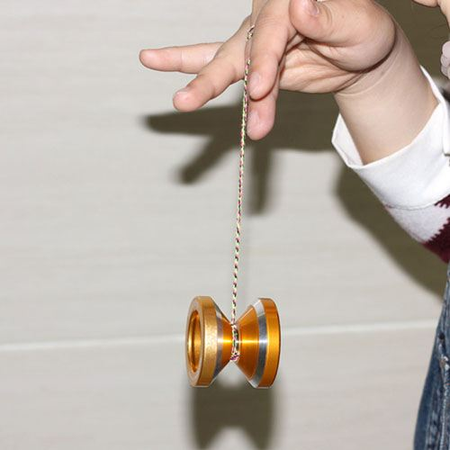 Magic Yoyo String Trick Image 2