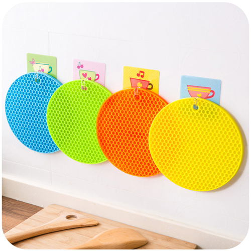 Round Shaped Heat Resistant Silicone Coaster Image 1