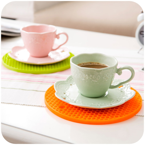 Round Shaped Heat Resistant Silicone Coaster Image 2