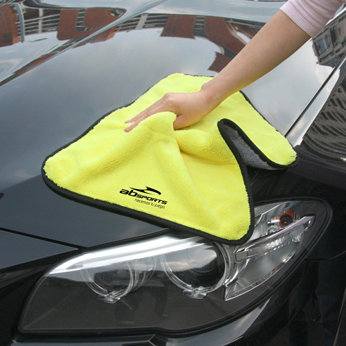 Microfiber Car Cleaning Cloth With Wax Image 2