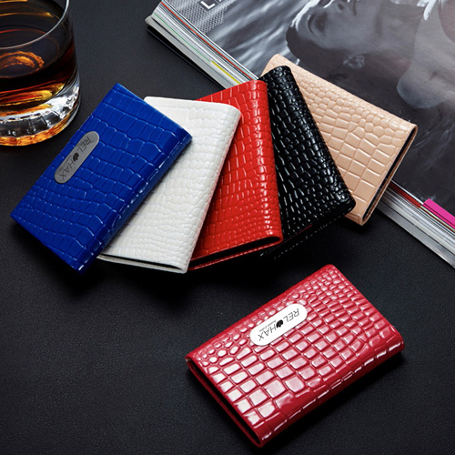 PU Leather and Stainless Steel Bank Card Holder Image 5