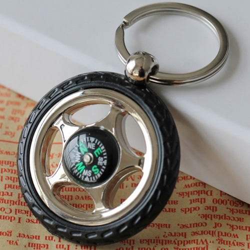Creative Alloy Wheel Tyre Compass Keychain Image 3