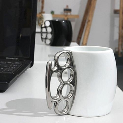 Knuckle Handle Ceramic Mug Image 5