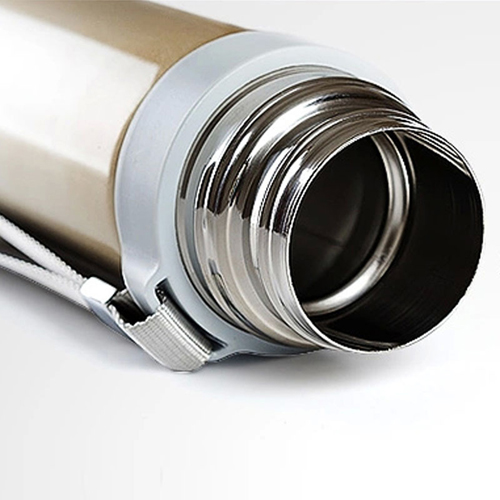 Vacuum Stainless Steel Insulated Bottle Image 4