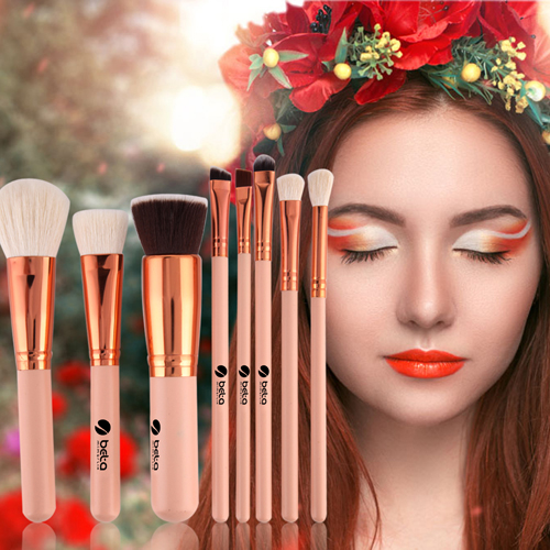 Wooden 8 Piece Makeup Brushes Set Image 1