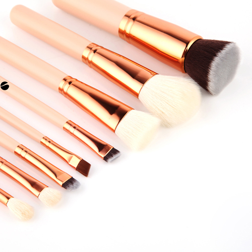 Wooden 8 Piece Makeup Brushes Set Image 4