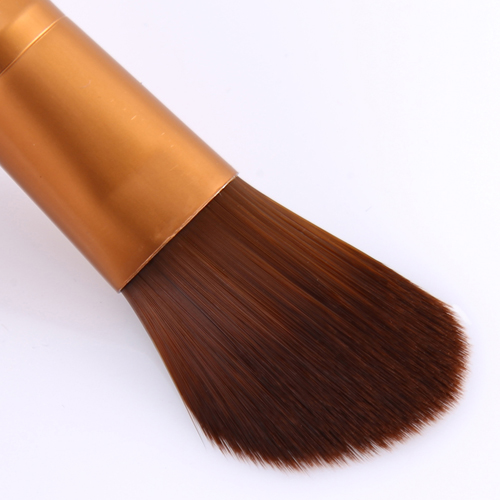 Wooden Base Eye-Shadow Brush Image 4