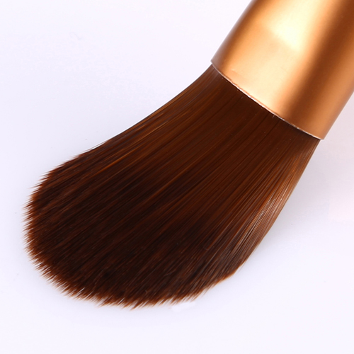 Wooden Base Eye-Shadow Brush Image 5