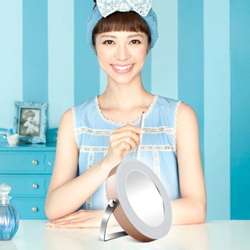 Round Shape Rotatable LED Cosmetic Mirror Image 5