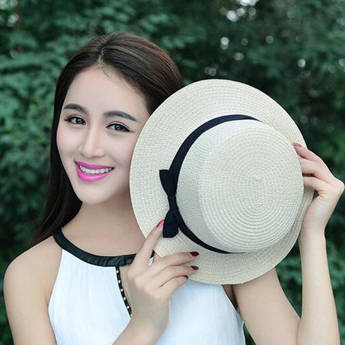 Foldable Womens Straw Hat Image 1