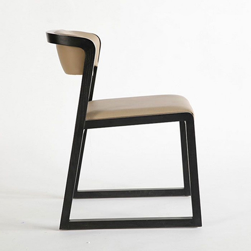 Calque Leather Seat Chair With Wooden Legs