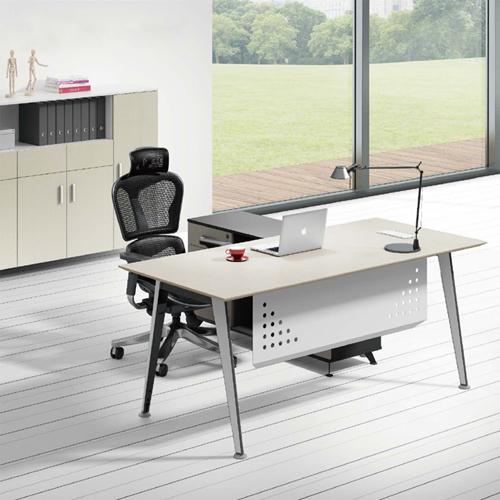 Executive Metal Frame Office Desk Image 1