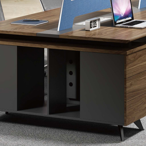 Four Seater Linear Screen Partition Office Workstation Image 7