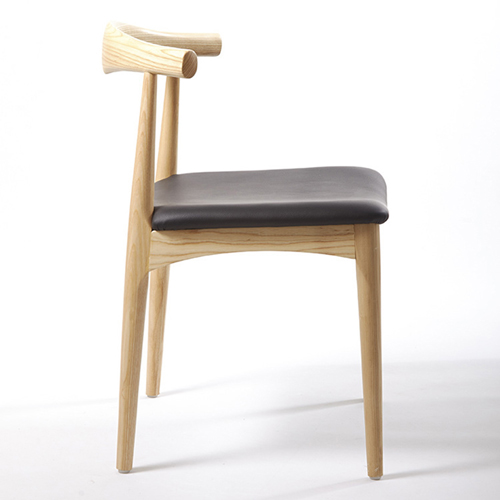 Nordic Wood Bull Horn Chair Image 2