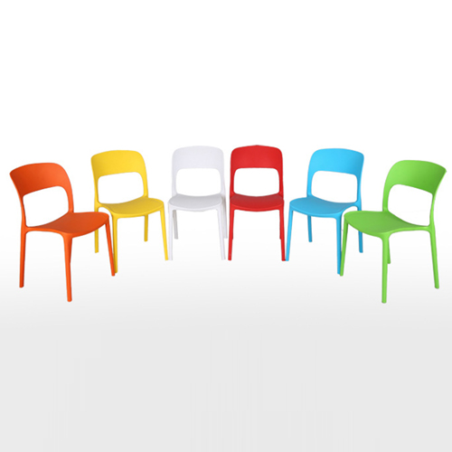 Trenitalia Stackable Plastic Chair Image 9