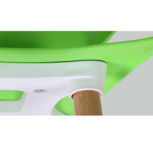 Ariel Breakout Wooden Leg Chair Image 19