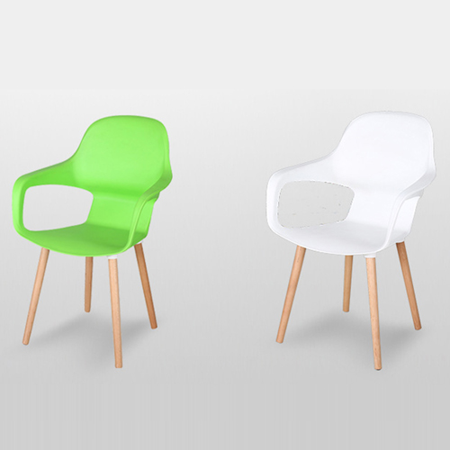 Ariel Breakout Wooden Leg Chair Image 4