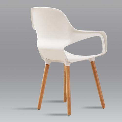 Ariel Breakout Wooden Leg Chair Image 8