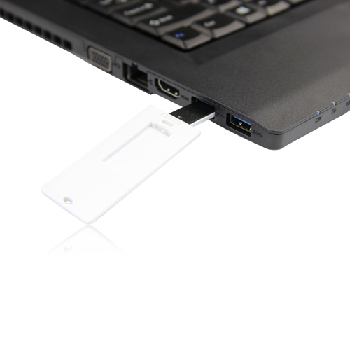 32GB Mini Credit Card Flash Drive Image 3