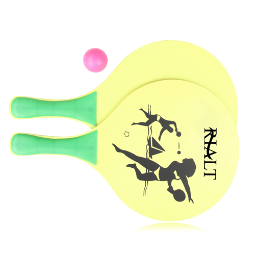 Wooden Beach Paddle Ball Set Image 2