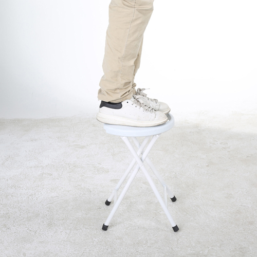 Quarx Portable Folding Stool Image 3