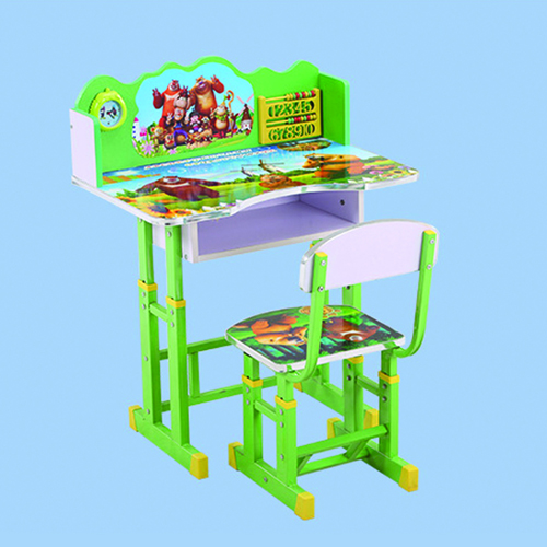 Applica Kids Study Desk and Chair Set Image 13