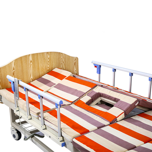 Multifunctional Electric Nursing Bed With Remote Image 4