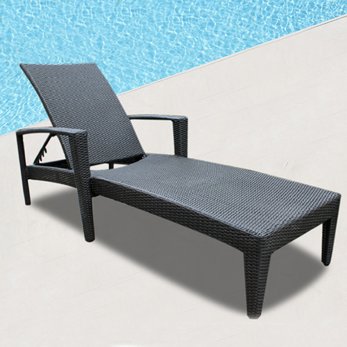 Rattan Folding Beach Lounge Chair Image 2