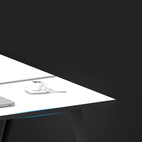 Stylish Conference Table Image 5