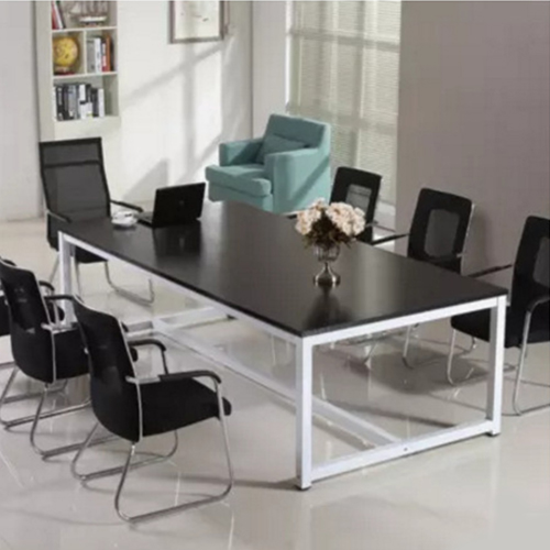 Modern Staff Training Conference Table Image 2