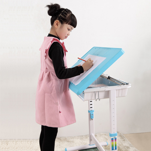 Ergonomic Adjustable Kids Study Desk Image 10
