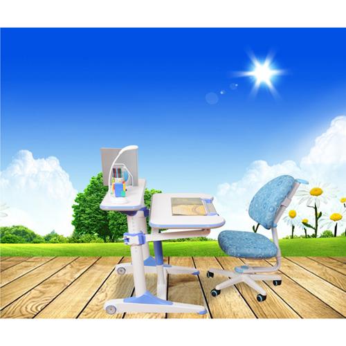 Height Adjustable Kids Learning Desk Image 3