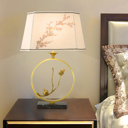 Classical Flower Marble Fabric Table Lamp