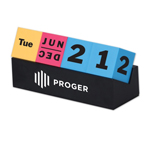 Cubes Perpetual Desk Calendar