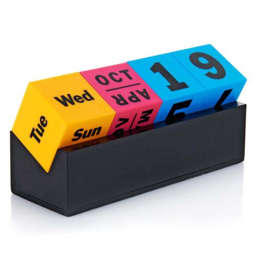 Cubes Perpetual Desk Calendar Image 1