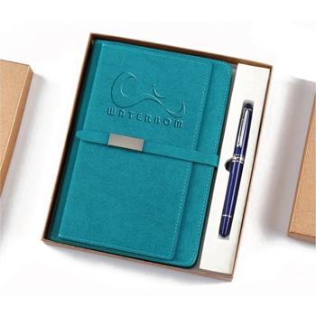 دفتر ملاحظات مخطط من الجلد مع قلم معدني