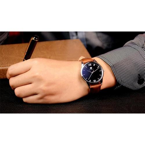 Mens Zipper Wallet & Wrist Watch Gift Set Image 6