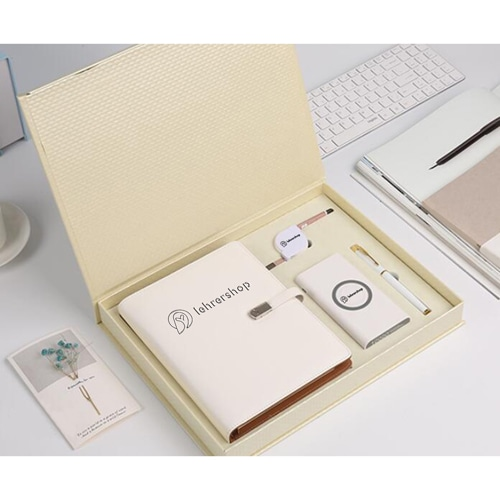 5 in 1 Corporate Business Gift Set Image 2