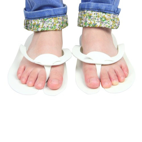Comfortable Toe Disposable Slippers Image 3