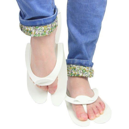 Comfortable Toe Disposable Slippers Image 5